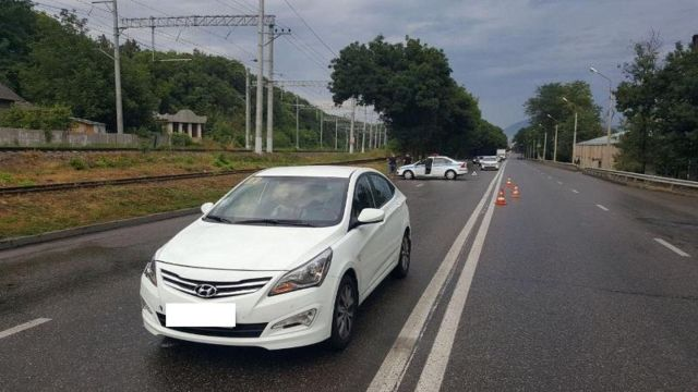На Ставрополье под колёсами автомобиля погиб житель Ессентуков