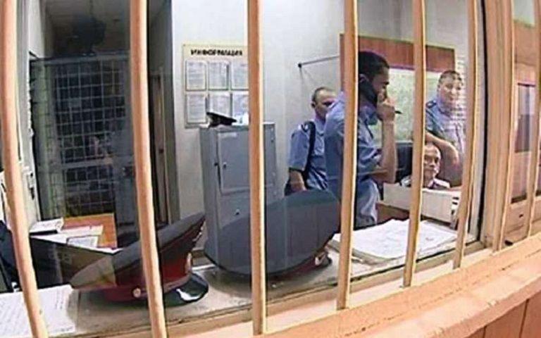 НаСтаврополье вооружённый ножом разбойник ворвался впродуктовый магазин
