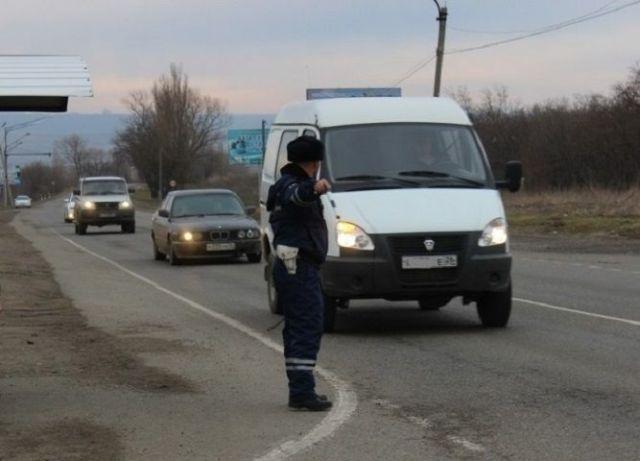 Пятеро автоинспекторов пойдут под суд за взятки на сумму 560 тысяч рублей
