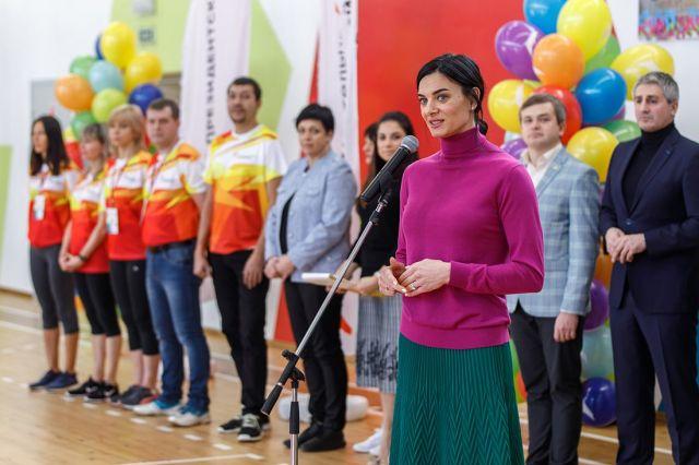 Олимпийская чемпионка Елена Исинбаева провела в Ставрополе детский спортивный праздник