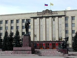 Размещение катка на площади Ленина будет оспорено в суде