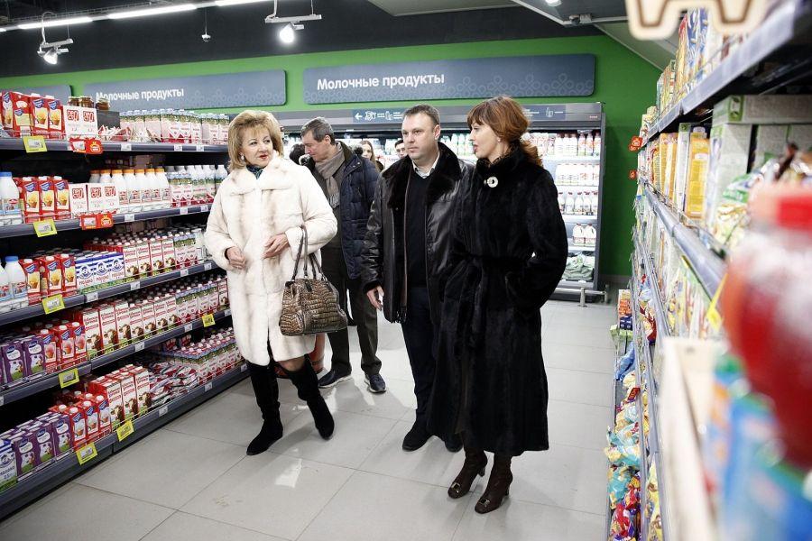 Депутаты Думы края провели мониторинг цен на молочную продукцию