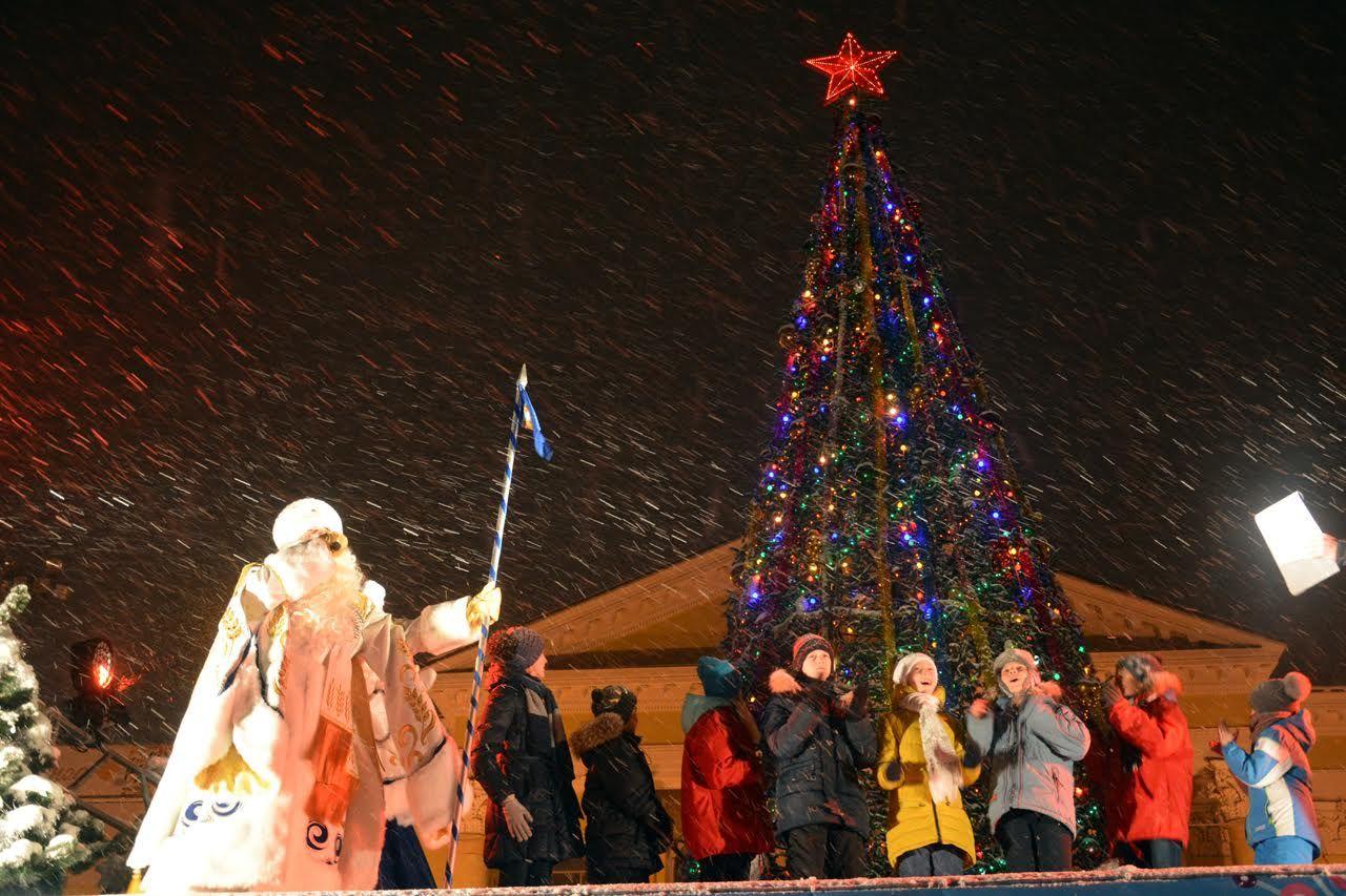 Дед мороз вернулся в резиденцию из новогоднего турне по краю