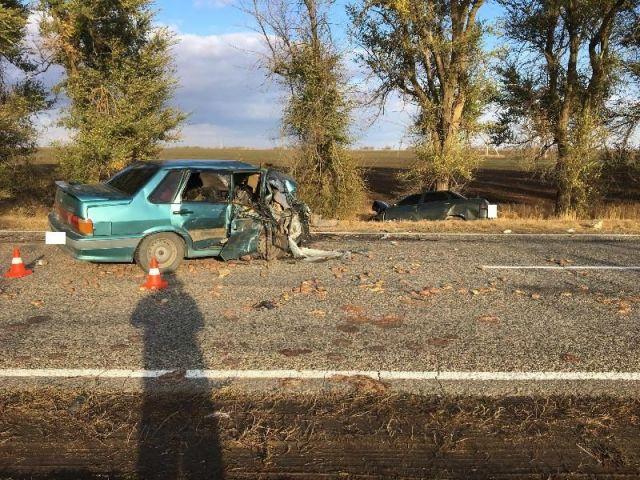 В Ставропольском крае столкнулись две легковушки, есть погибший