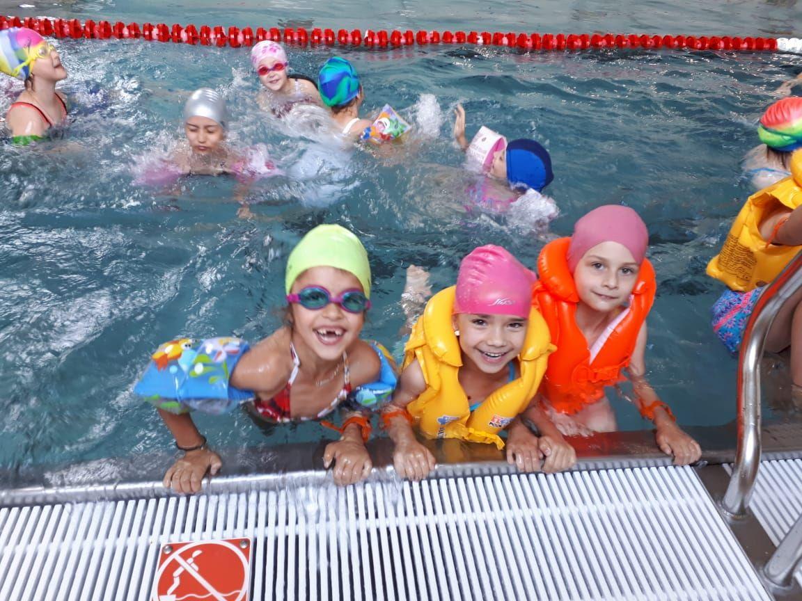 Ставропольская детвора осваивает новый бассейн