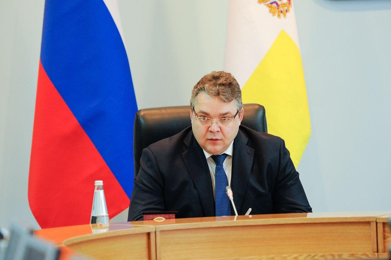 Губернатор Владимиров поручил дополнительно профинансировать чистку ставропольских дорог отснега