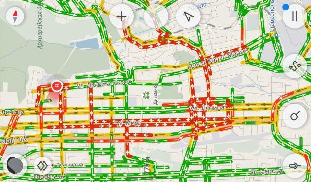 Транспортный коллапс образовался в центре Ставрополя