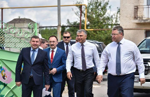 Полпред президента РФ в СКФО совершил рабочую поездку по Ставрополью