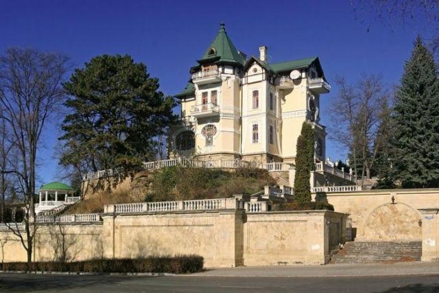 «Особняк Кшесинской» в Кисловодске продают за 700 миллионов рублей