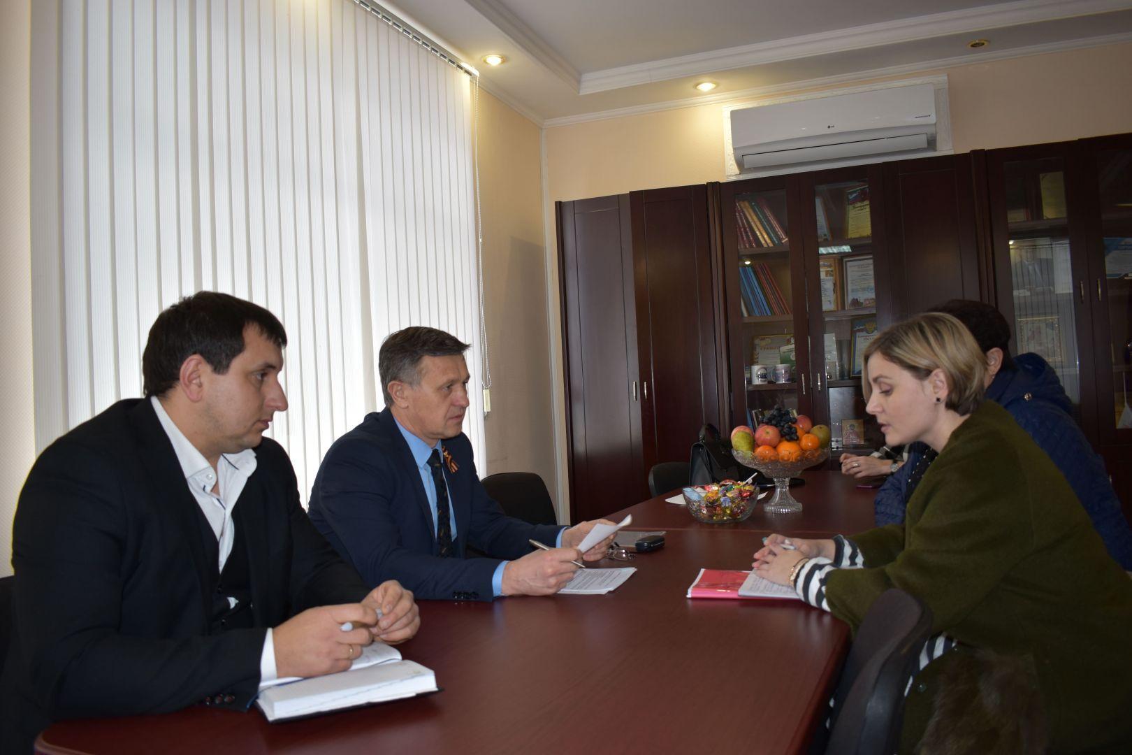 Министр ЖКХ Ставропольского края встретился с жителями Георгиевского горокруга