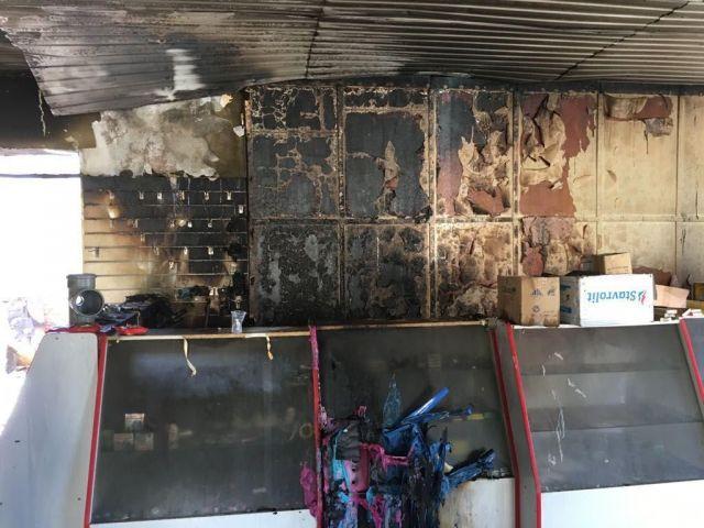 В Грачёвском районе предположительно из-за поджога сгорел магазин