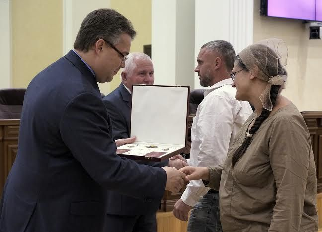 27 ставропольцев получили государственные и краевые награды