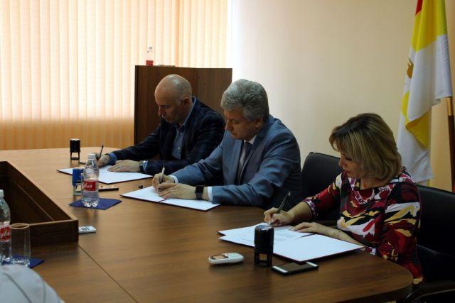 На Ставрополье три учебных заведения договорились о сотрудничестве