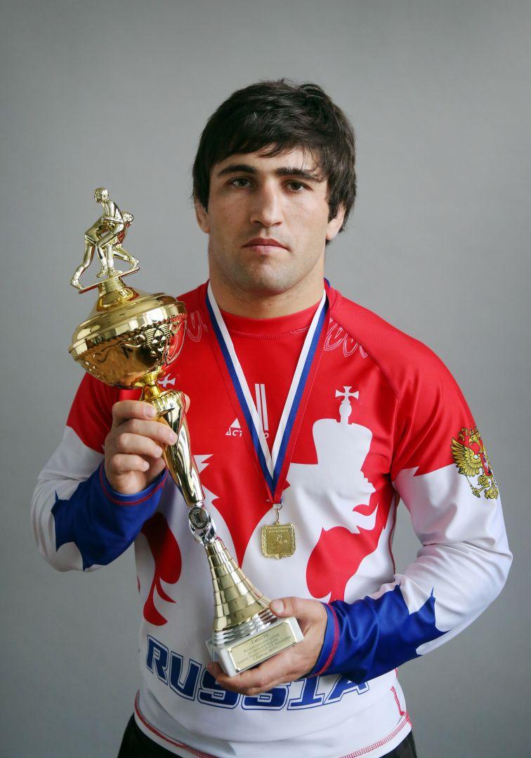 Ставропольский спортсмен победил на Всероссийском турнире по вольной борьбе
