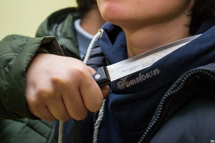 Подростки на Ставрополье за 50 рублей готовы были перерезать горло своему знакомому