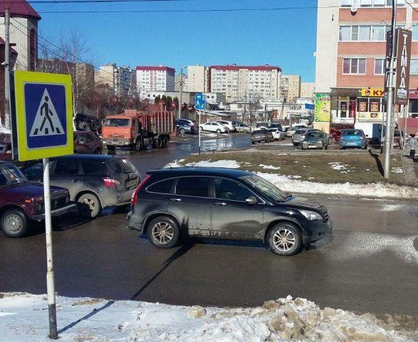 В Ставрополе под колёса иномарки попал 8-летний школьник