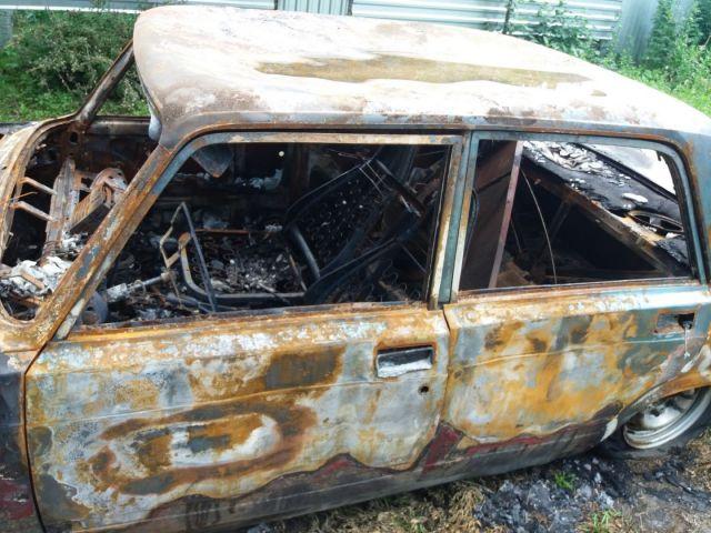 На Ставрополье мужчина из-за неприязни поджёг автомобиль знакомого