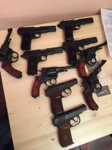 Житель Ставрополя устроил оружейную мастерскую у себя дома