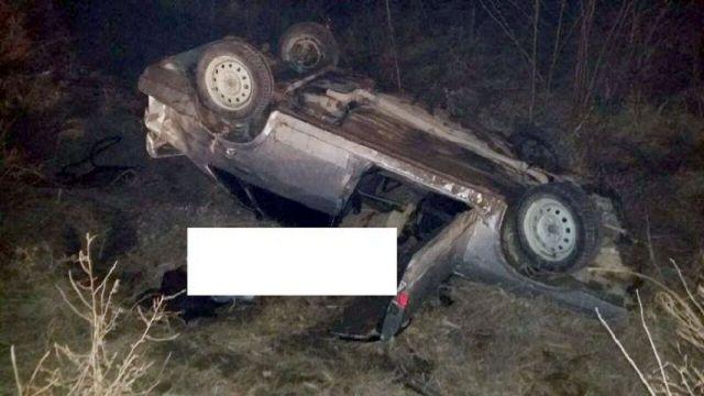 В Предгорном районе опрокинулся автомобиль, водитель погиб