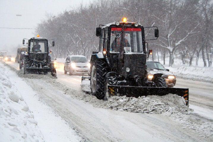 В связи с непогодой дорожные и коммунальные службы Ставрополя работают в круглосуточном режиме