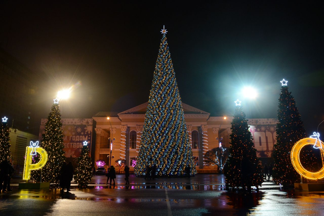 Огромная вечеринка сдискотекой ифейерверками пройдет вновогоднюю ночь вСтаврополе