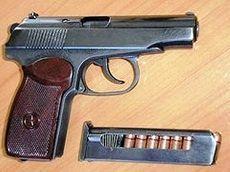 9 мая полицейские задержали мужчин, перевозивших оружие и боеприпасы