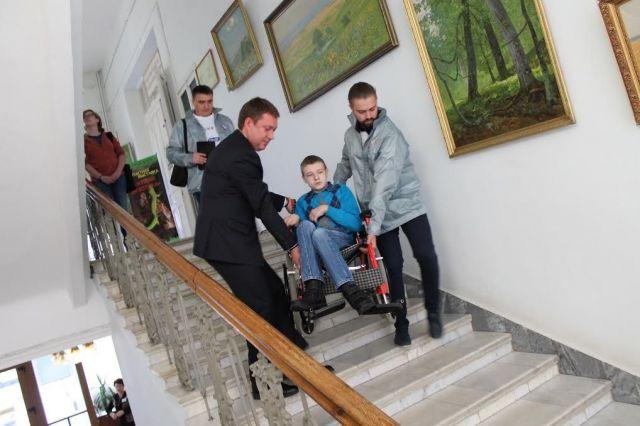 Главный музей Ставрополья на один день стал доступным для инвалидов