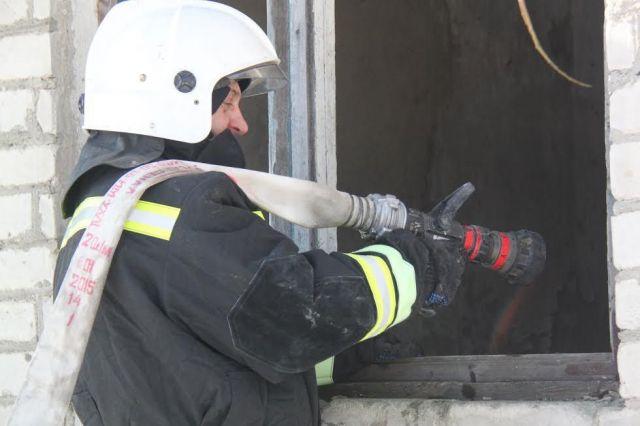 Ставропольские огнеборцы потушили пожар, в котором погиб человек