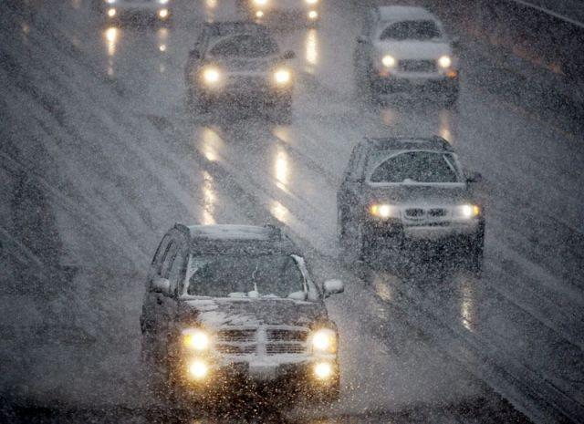 Госавтоинспекция Ставрополья предупреждает водителей о резком понижении температуры и мокром снеге