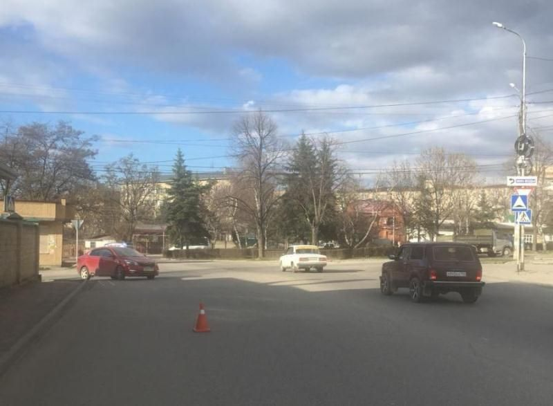 «Уронившего» пенсионерку водителя автобуса ищет милиция вКисловодске