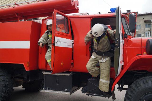 Ставропольские спасатели потушили пожар на крыше одного из корпусов ЗАО «Ставропольский бройлер»