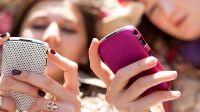 Ставропольчанки взяли в кредит два телефона, обманув банк