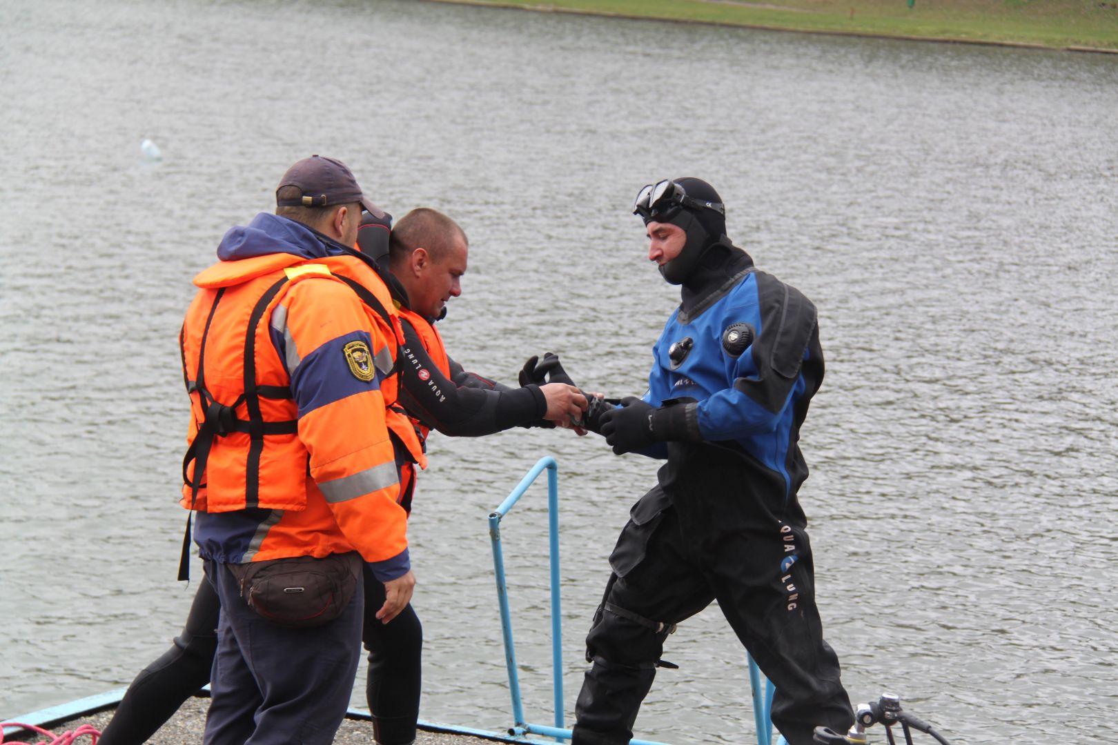 Ставропольские спасатели извлекли из Новотроицкого водохранилища тело мужчины