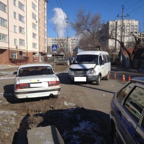 На Ставрополье легковушка врезалась в «ГАЗель», пострадали ребёнок и медсестра