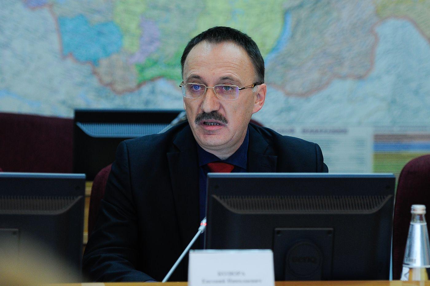 Губернатор Ставрополья: беспокойство недолжно помешать выпускникам сдавать ЕГЭ