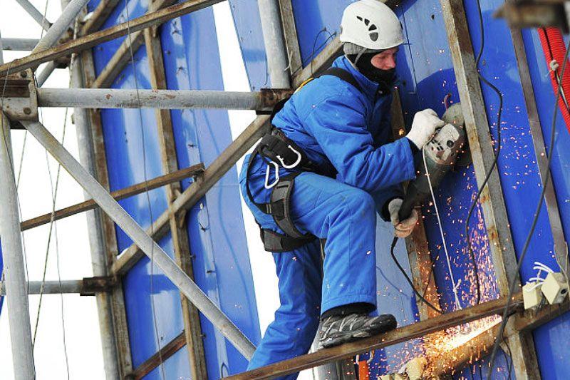 В Ставрополе собственники сняли 20 незаконных вывесок с фасадов зданий