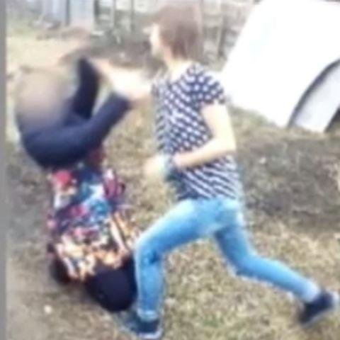 На Ставрополье школьница избила ровесницу