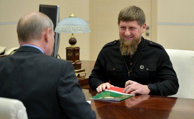 СМИ рассказали о просьбе Кадырова к Путину о магистрали в Грозный