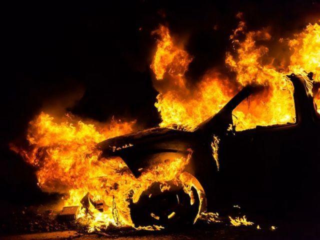 В Ставрополе в результате взрыва иномарки погиб мужчина