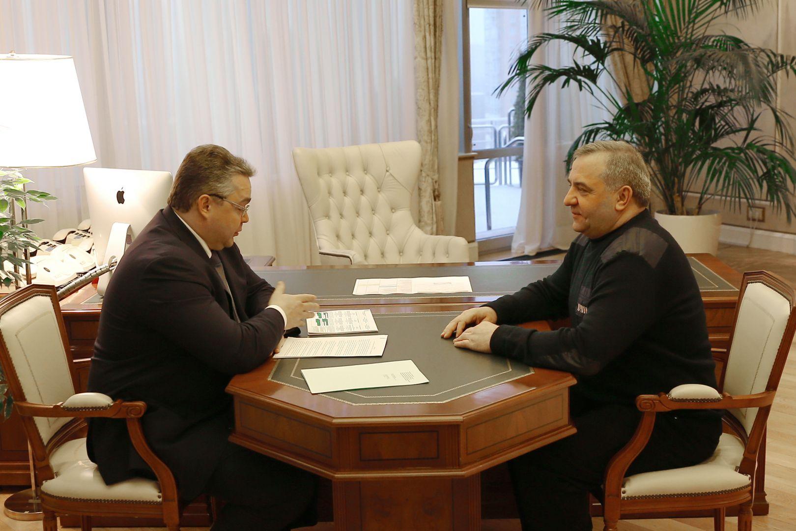 Глава МЧС России провёл рабочую встречу с губернатором Ставропольского края