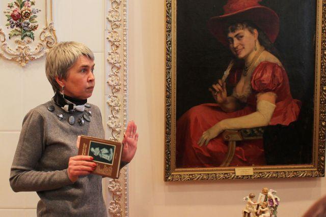 Врач-психиатр поставила диагнозы персонажам картин в музее ИЗО Ставрополя