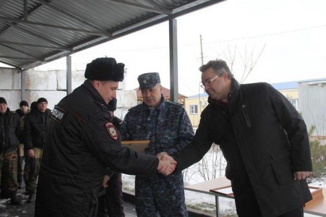 Губернатор Владимир Владимиров посетил сводный отряд «Восток» в Нефтекумском городском округе