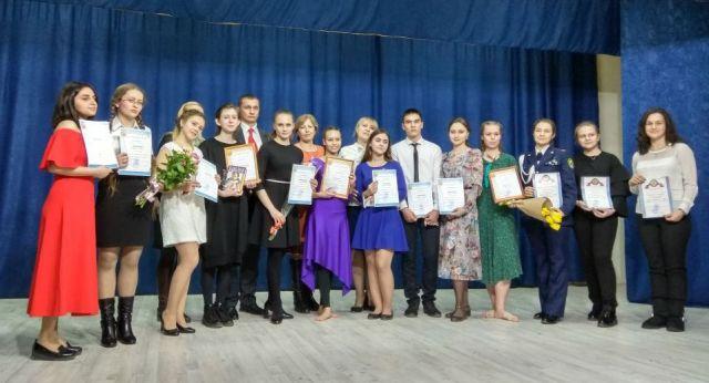 Первый городской конкурс «Ученик года-2018» выявил самых талантливых школьников Ставрополя