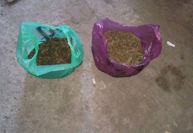 Полиция обнаружила у двоих жителей Ставрополья более 1,2 килограмма наркотиков