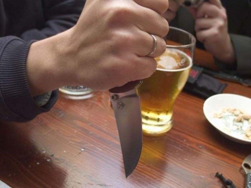 Житель Ставрополья убил приятеля из-за неравномерно разлитой выпивки