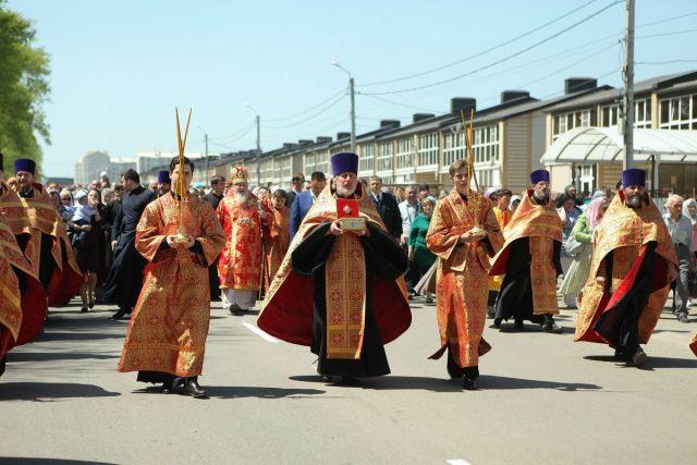 В «Гармонии» пройдет крестный ход с принесением мощей Матроны Московской и Георгия Победоносца