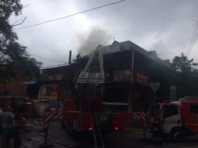 В Кисловодске сгорело торговое здание