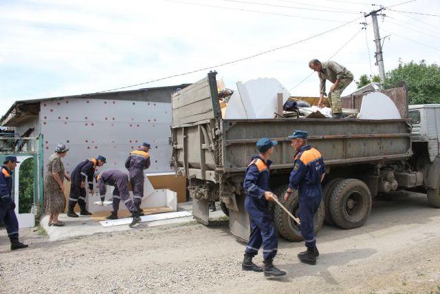 В Ставропольском крае продолжает работать комиссия центрального аппарата МЧС России
