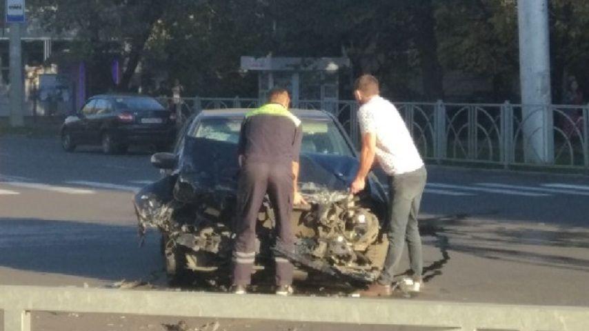 В Ставрополе в ДТП перевернулась машина скорой помощи
