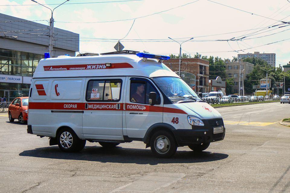 Две иномарки столкнулись, трое пострадали вСтаврополе